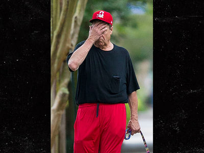John Goodman Looks Miserable Following 'Roseanne' Cancellation