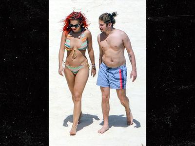 Rita Ora and BF Have Toe-Sucking Fun in Italy