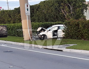 Lil Scrappy Car Crash Photos