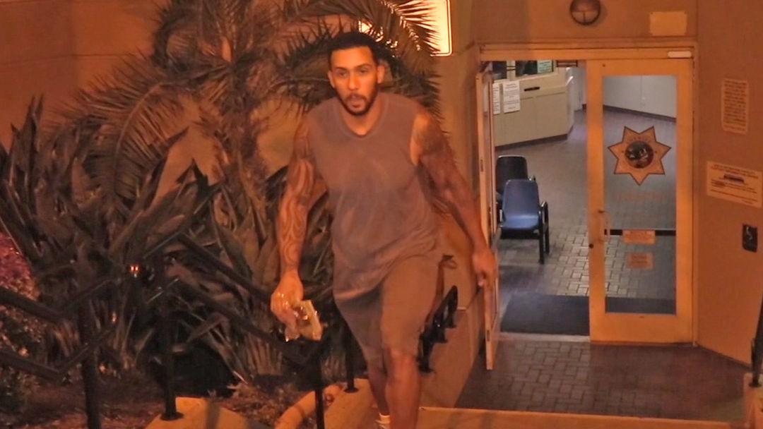 Kellen Winslow Jr. Arrested for Burglary at Mobile Home Park