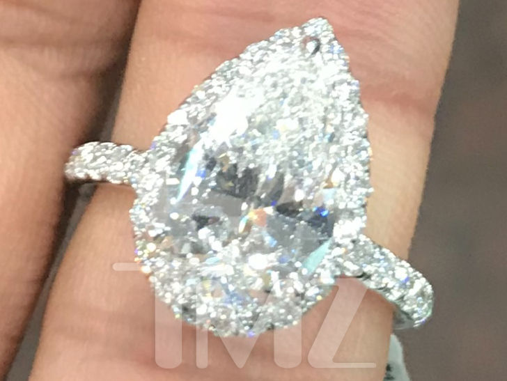 Ariana Grande S Engagement Ring From Pete Davidson Cost