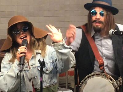 Christina Aguilera & Jimmy Fallon Surprise Fans in NYC Subway Terminal