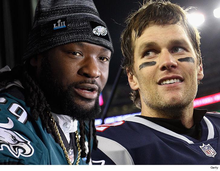 Tom Brady Congratulates LeGarrette Blount on Eagles Super Bowl Ring ... 9a8d30d89