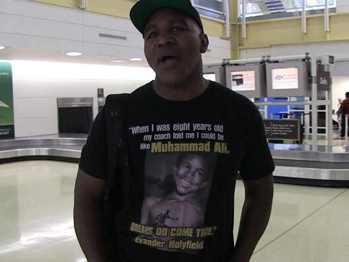 Evander Holyfield Wears a Shirt Quoting Himself