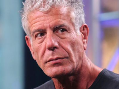 Anthony Bourdain Speaks Out Against Mario Batali