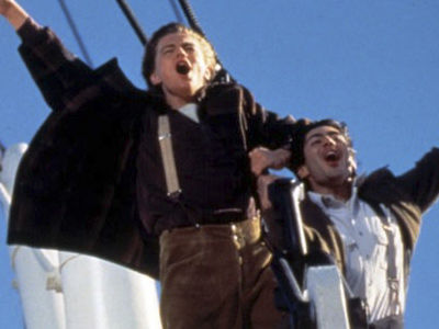 'Titanic' Star Says This Iconic Scene 'MISERABLE' to Film -- and Reveals How He SHOULD Have Died!