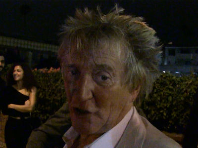 Rod Stewart Clowns Argentina for Pathetic World Cup Run