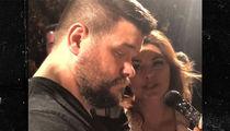 WWE's Kevin Owens Hijacks Shania Twain Concert, I'm Super Famous!