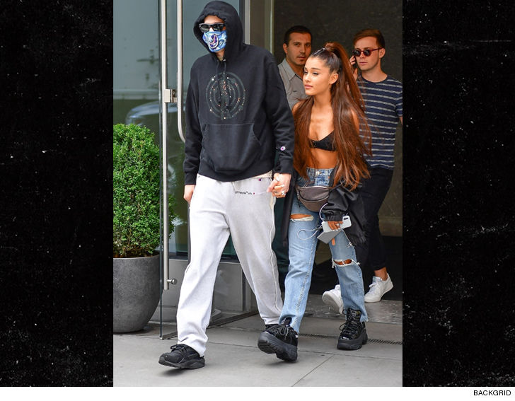 Ariana Grande and Pete Davidson Kiss, Hold Hands Out in ...