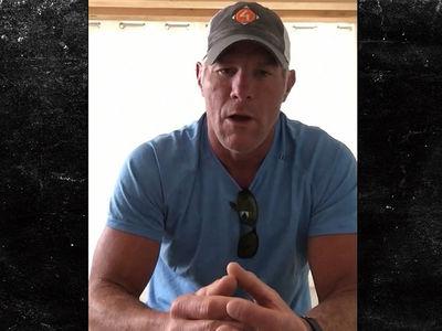 Brett Favre Uniting Dogs With Veterans, 'It's Saving Their Lives'