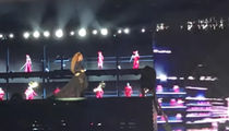 Beyonce Rescued from Malfunctioning Stage in Poland