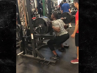 Cardinals Superstar David Johnson Squats 495 Pounds Three Times!!