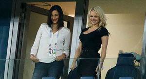 Pamela Anderson supports French boyfriend at World Cup