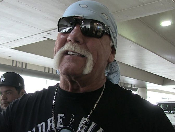 Hulk Hogan Still Not Signed To Official Contract By Wwe Despite