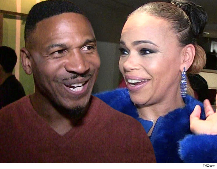 Faith Evans And Stevie J Get Married In Las Vegas