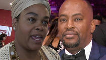 Jill Scott Says Her Estranged Husband's Stuff's in Storage, and He's a Robe Thief