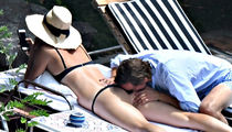 Maria Sharapova's Butt Gets Pampered by Boyfriend's Face