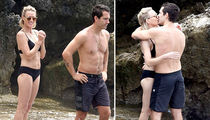 Robin Wright and Boyfriend Show PDA on Vacation in Capri