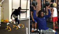 Todd Gurley Celebrates $60 Mil Deal with Shoulder Workout