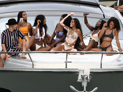 Winnie Harlow Hangs with Fellow Models on Dave Grutman's Yacht in Miami