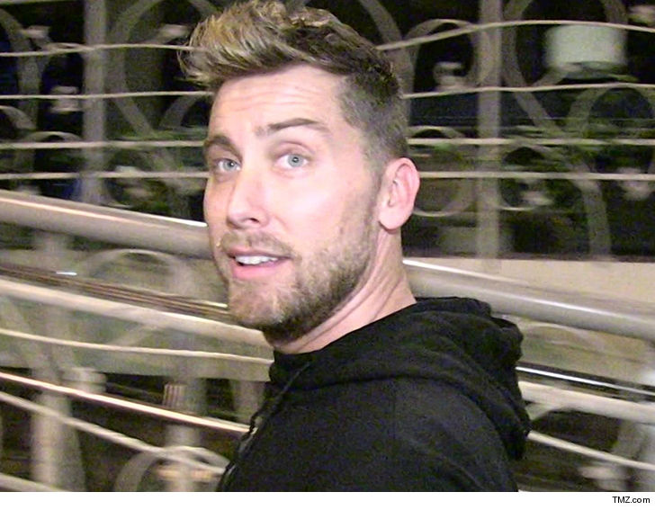 Lance Bass' Realtor Says 'The Brady Bunch' Home Sale Stunk to High Hell