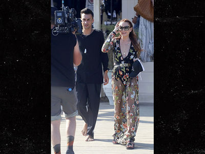 Lindsay Lohan Steps Out to Film Reality Show in Greece