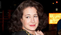 'Ace Ventura' Star Sean Young Wanted by NYPD for Alleged Burglary