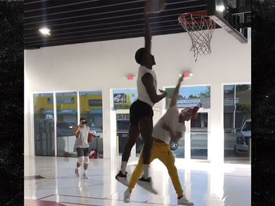 Tekashi69 Goes 1-On-1 With Victor Oladipo In Hoops Sesh