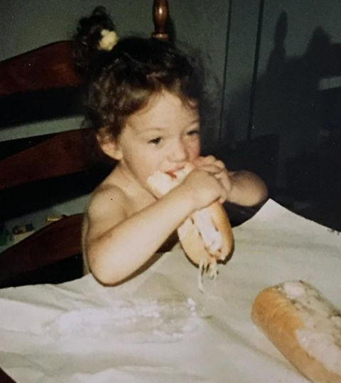 Before this carb-loving cutie went from movies to television, she was just another munchin' munchkin enjoying herself in Bryn Mawr, PA
