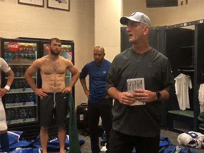 Andrew Luck Has Crazy Abs In Colts Locker Room Video
