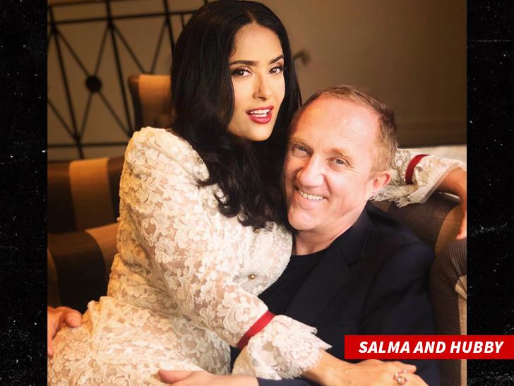Salma Hayek Loses Billionaire Hubby In Crazy Family Pap Crush