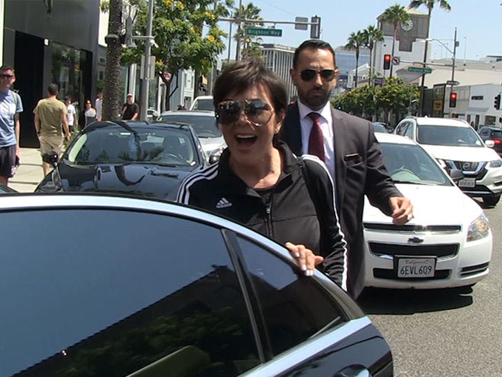 Kris Jenner Says She Loves Kanye Despite Him Wanting to Smash Kim's Sisters