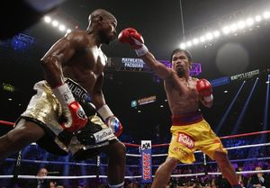 Manny Pacquiao vs. Floyd Mayweather -- The Fight Photos