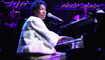 Aretha Franklin Performance Pics -- Check Out The Singer's Shots