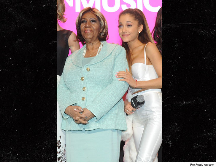 Ariana Grande Pays Tribute To Aretha Franklin By Beautifully Singing 'Natural Woman'