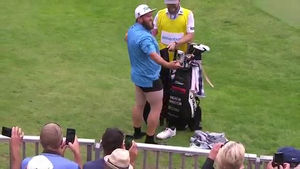 Pro Golfer Drops Pants In Front Of Gallery, Makes Par!