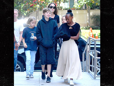 Angelina Jolie Takes Her Kids to a Movie