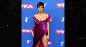 Cardi B Looks Incredible in First Public Event at VMAs Since Giving Birth