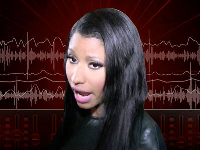 Nicki Minaj Says She Loves Kylie Jenner Amid Travis Scott Beef