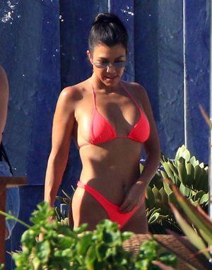 Kourtney Kardashian Vacations in Cabo