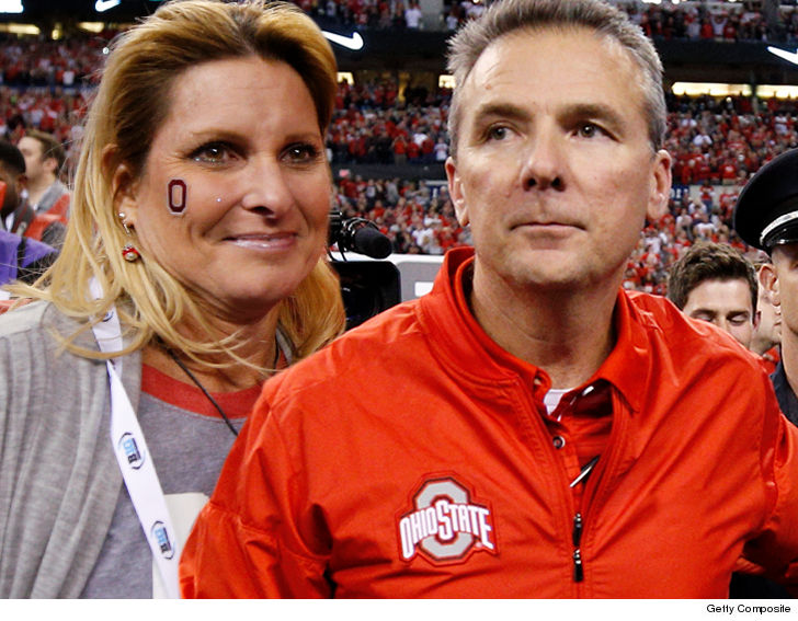 Ohio State says Texas' Herman was with Smith at strip club