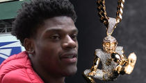 Lamar Jackson Immortalizes Iconic Play In $100,000 Diamond Chain