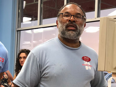 'Cosby Show' Star Geoffrey Owens Says Trader Joe's Photo Hurt Him