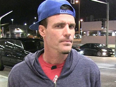 Vanilla Ice Stunned Emirates Plane He's Aboard is Quarantined at JFK