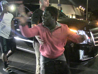 Kodak Black Goes  Crazy Outside Hollywood Nightclub