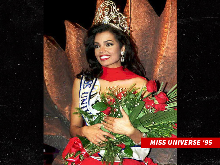 Beauty queens mourn the death of Miss Universe 1995 Chelsi Smith