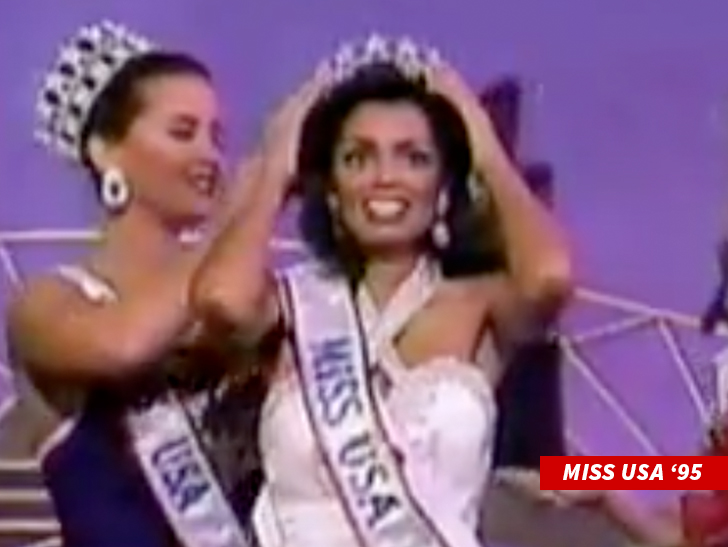 Chelsi Smith, Miss Universe 1995, has died at age 45