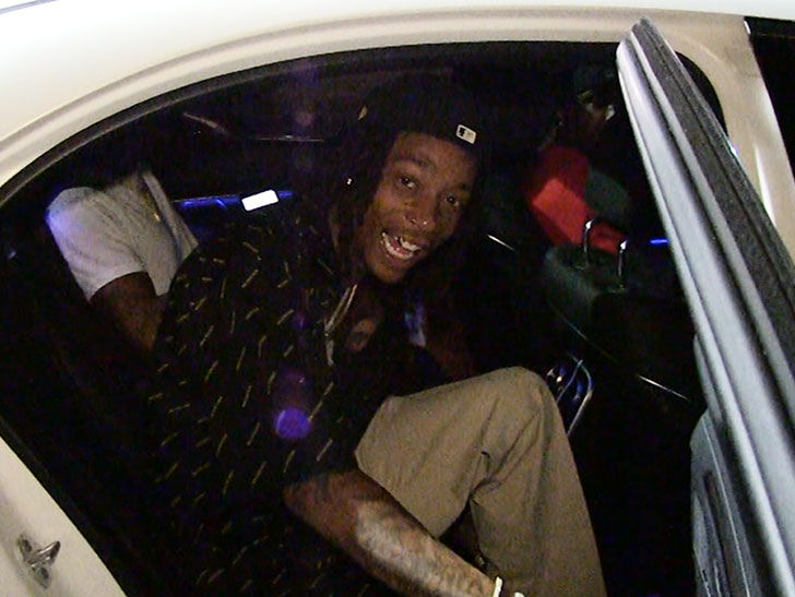 Wiz Khalifa Says Steelers Need To Pay Le'Veon Bell!!