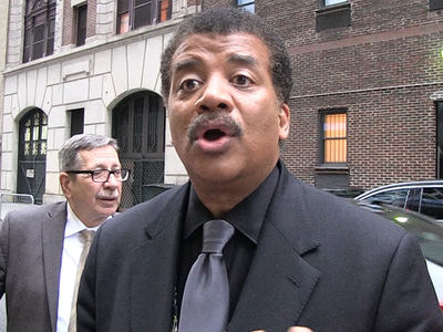 Neil deGrasse Tyson Defends Elon Musk Smoking Weed with Joe Rogan