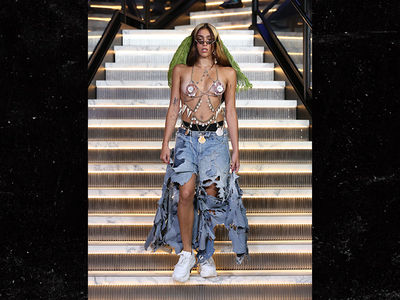 Madonna's Daughter Lourdes Leon Models Seashell Top, Ripped Denim at NYFW